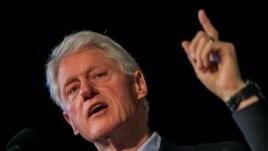 Theo giới quan sát, các nhận định của ông Clinton có thể khiến Bắc Kinh thêm phần không hài lòng về gia đình ông.