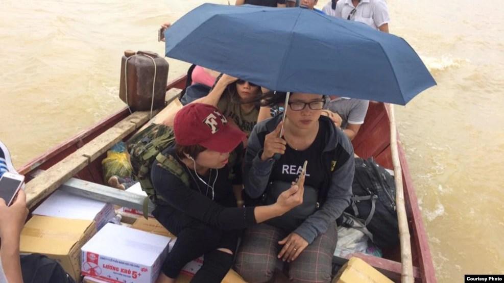 Nhóm cứu trợ thiện nguyện của chị Thảo Teresa.