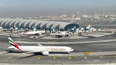 Pandemi Jerumuskan Emirates Pada Kerugian Pertama Dalam 33 Tahun