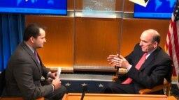 El enviado especial deEstados Unidos para Venezuela, Elliott Abrams, en entrevista con V360 dijo que sí hay frustración al ver que después de un año no han podido conseguir un sendero hacia la democracia.