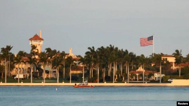 Trump cumartesi gününü Florida'daki yazlığı Mar-a-Lago'da geçirdi