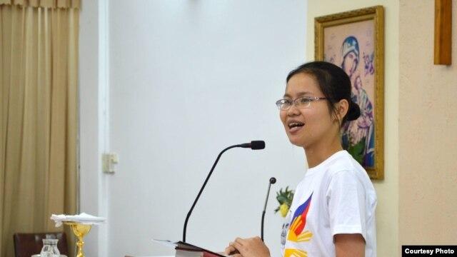 Cô Anna Huyền Trang, một trong số các thành viên nồng cốt của truyền thông Dòng Chúa Cứu Thế Saigon