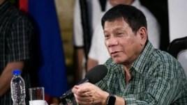 Tổng thống Philippines Rodrigo Duterte phát biểu trong một cuộc họp báo ở Davao, ngày 31 tháng 5, 2016.