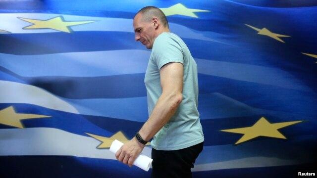 Bộ trưởng Tài chính Hy Lạp Yanis Varoufakis nói ông nhận thức được điều mà một số thành viên của khu vực đồng euro muốn là sự 'vắng mặt' của ông trong các cuộc họp của các bộ trưởng tài chính.