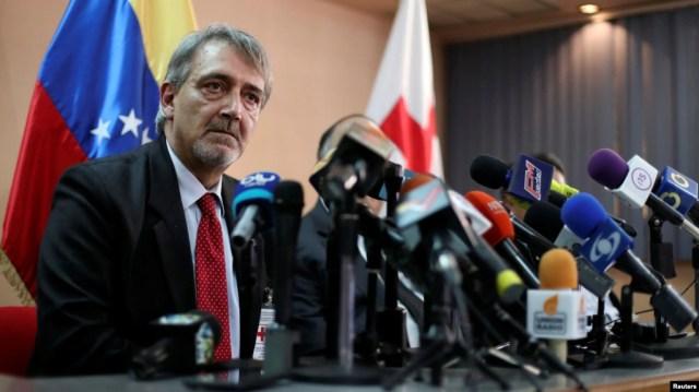 """El presidente de la Federación Internacional de la Cruz Roja, Francesco Rocca, dijo que """"nosotros no aceptamos, ni podremos nunca aceptar que mueran niños por falta de luz."""
