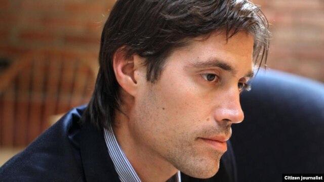Ký giả người Mỹ James Foley (hình chụp năm 2011).