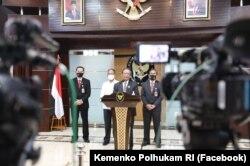 Menko Polhukam Mahfud MD menegaskan Organisasi dan Orang-Orang di Papua yang Lakukan Kekerasan Masif Dikategorikan Teroris. (Foto: Facebook/Kemenko Polhukam RI)