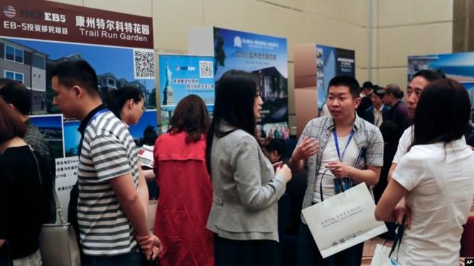 Chương trình đầu tư lấy thẻ xanh EB-5 của Mỹ được nhiều người Trung Quốc, Việt Nam quan tâm