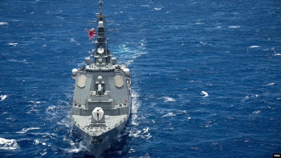 日本海上自衛隊鳥海號導彈驅逐艦2016年7月28日參與環太2016演習(美國海軍第三艦隊照片)