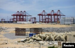 """FILE - The China-funded """"Colombo Port City"""" project, whose development had been suspended, is seen in Colombo, Oct, 19, 2015."""
