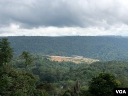 Kamp utama PLTA Batang Toru di Desa Bulu Payung, Kecamatan Sipirok, Kabupaten Tapanuli Selatan, Sumatera Utara. (VOA/Anugrah Andriansyah)