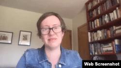安德莉亚·戴克接受美国之音Skype采访截图