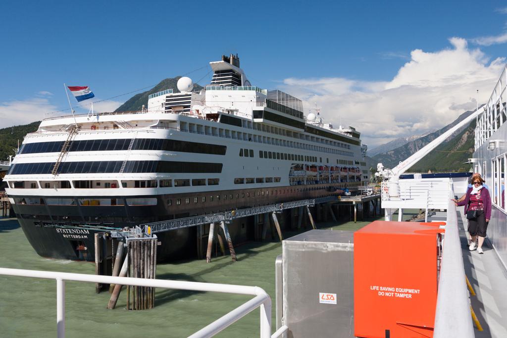 Cruise ship docks