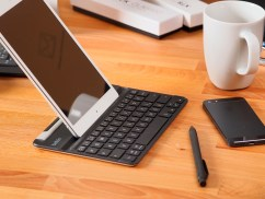 Belkin-FastFit-Bluetooth-Tastaturhülle-für-iPad-mini-13