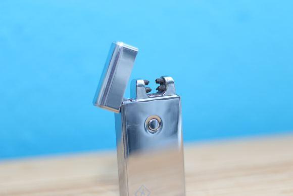 Teezy-Lighter-IMG_5838