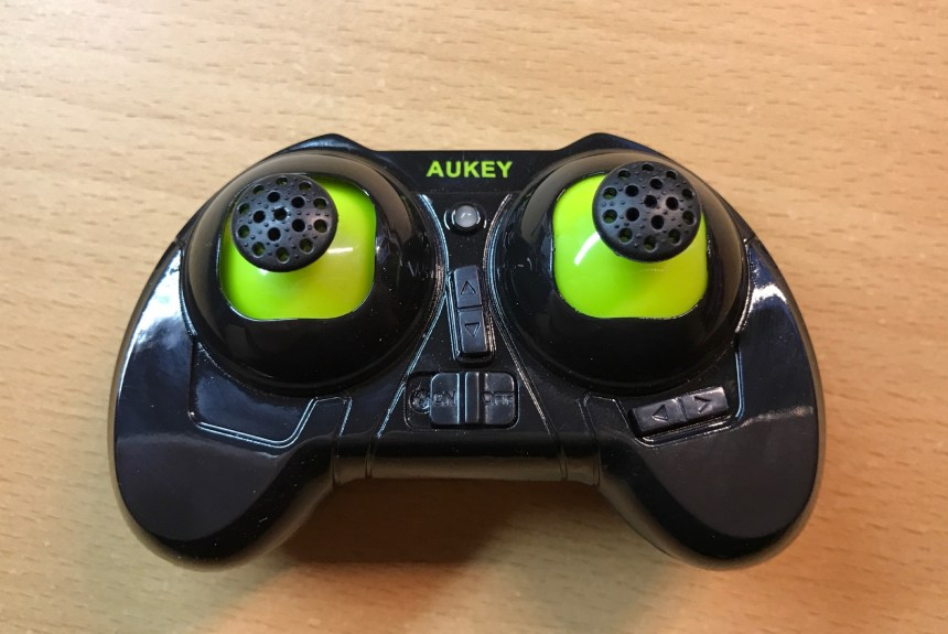 aukey_quadcopter_remote