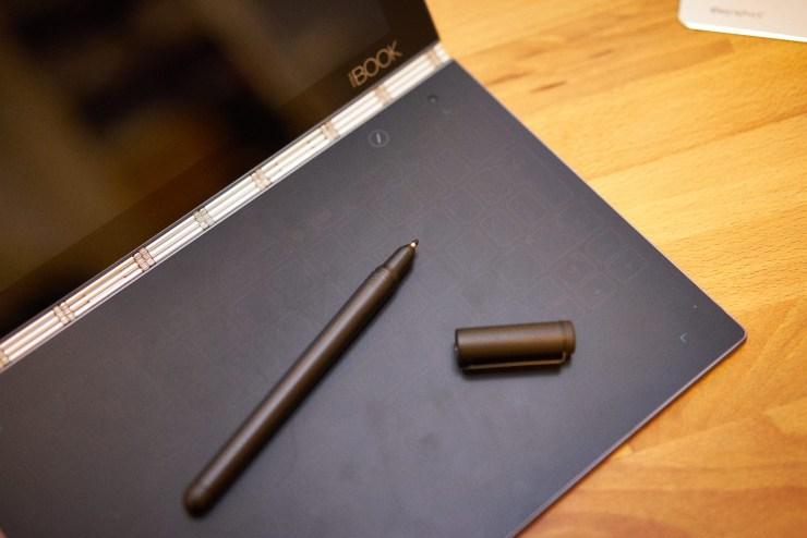 Lenovo Yoga Book Wacom RealPen sorgt für Stiftunterstützung