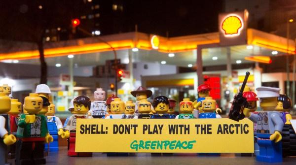 'Save the Arctic' LEGO Scene in Argentina