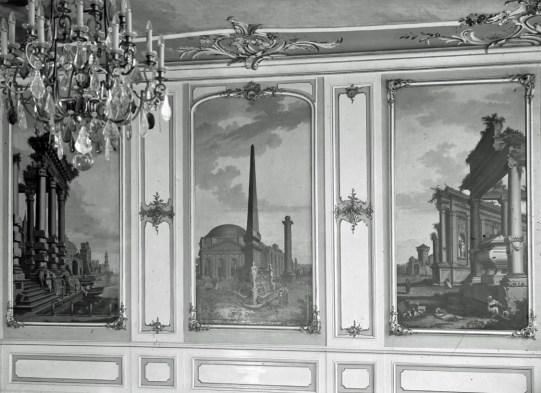 Ballroom in Ermeler House circa 1932 (photo: public domain, Wikicommons).
