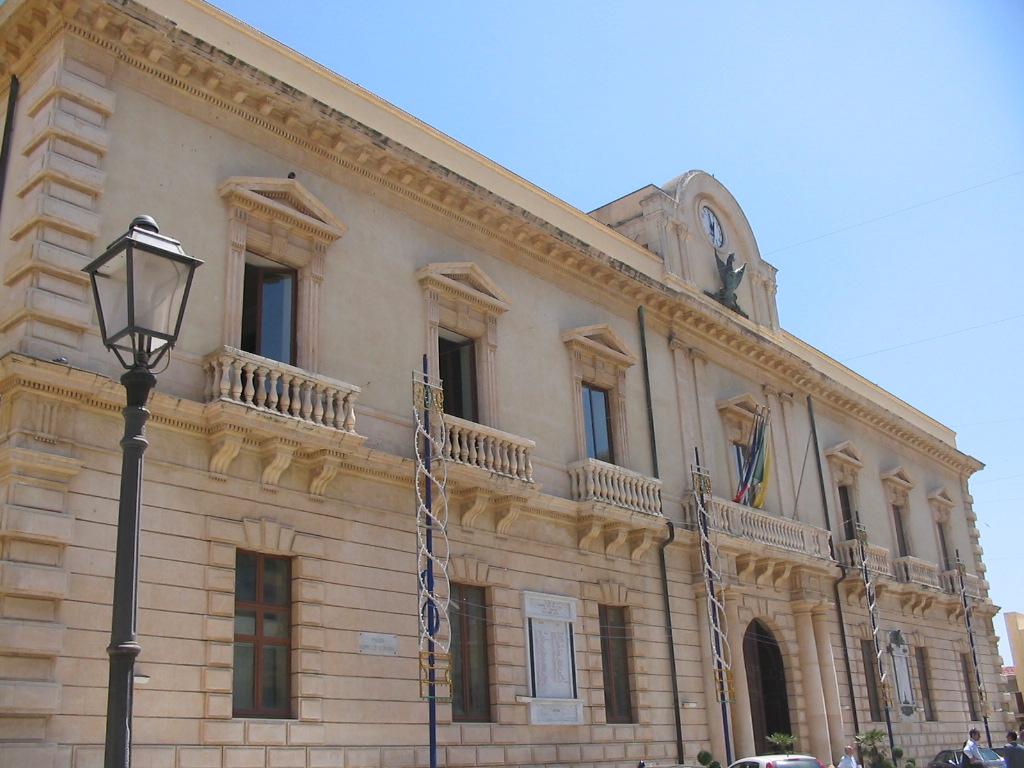"""Pace fatta"""" a Melilli, varata la nuova giunta - Giornale di Sicilia"""