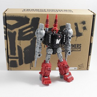 Transformers Generations Selects Cromar Boxed and Complete PREOWNED