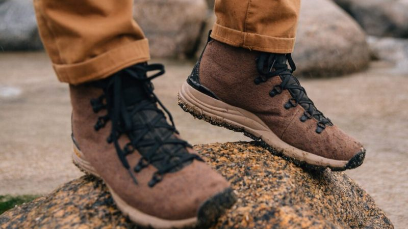 These Danner Mountain 600 Enduroweave boots just beat the ice