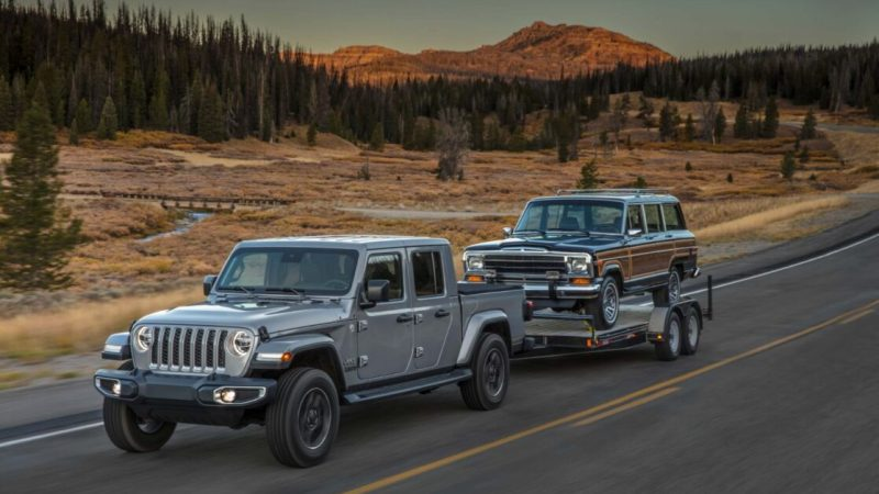 Riding overland with the 2021 Jeep Gladiator Overland Pickup
