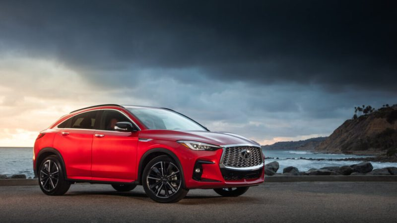 The Infiniti QX55 adapts so you don't have to