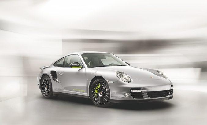 """Porsche 911 Turbo S """"Edition 918 Spyder"""" 1"""