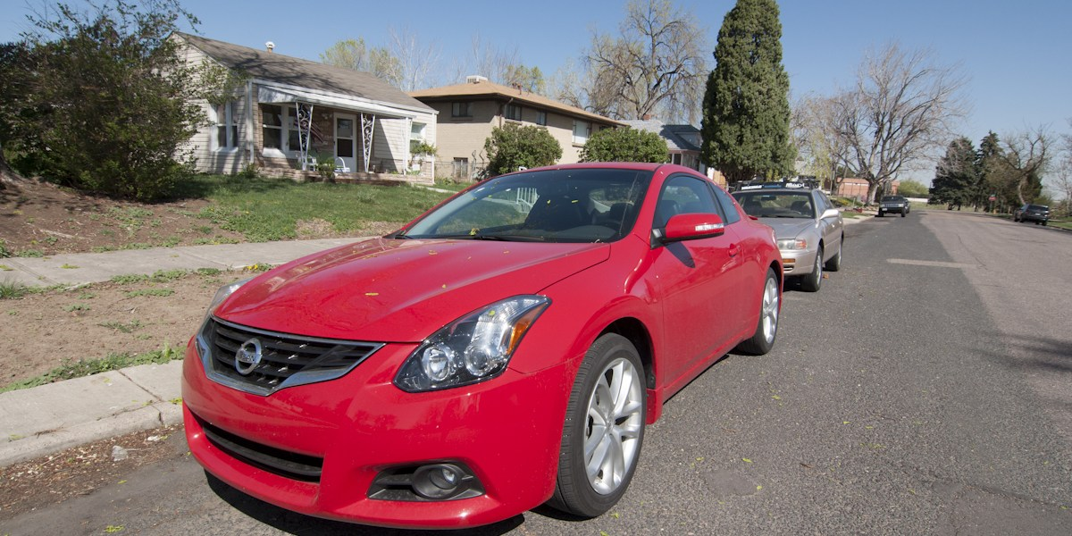 2012 Nissan Altima 3.5 SR Coupe Review -- Review 1