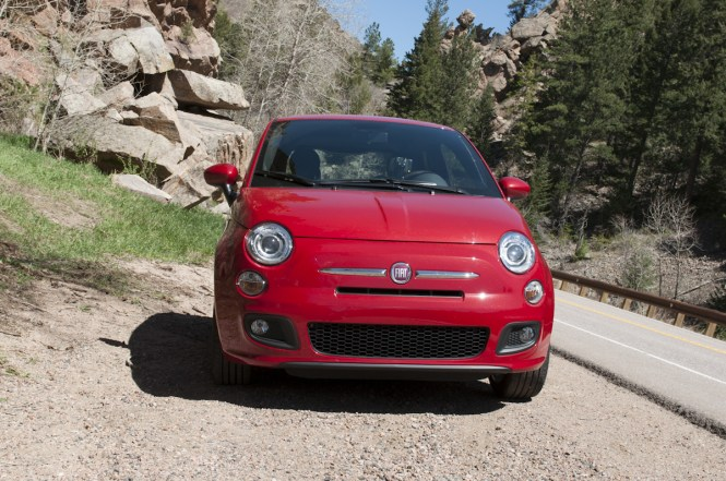 FIAT 500 Sport 5MT Review ZipRage-5