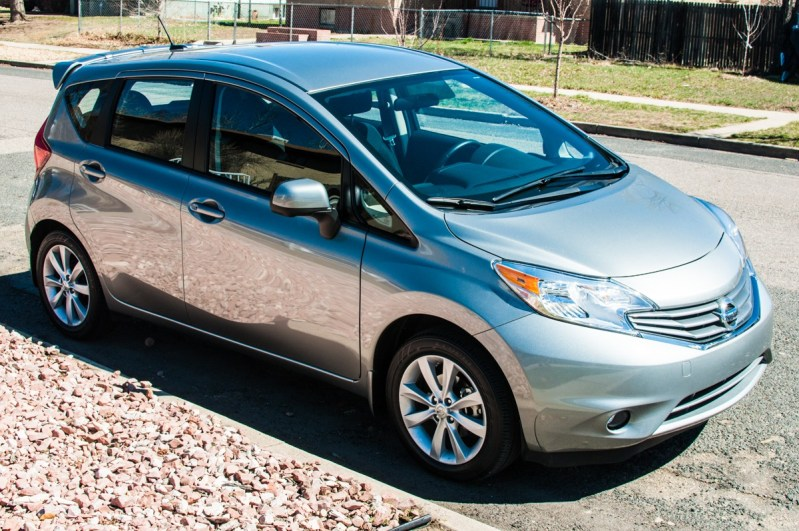 2014 nissan versa note sv review review gear grit. Black Bedroom Furniture Sets. Home Design Ideas