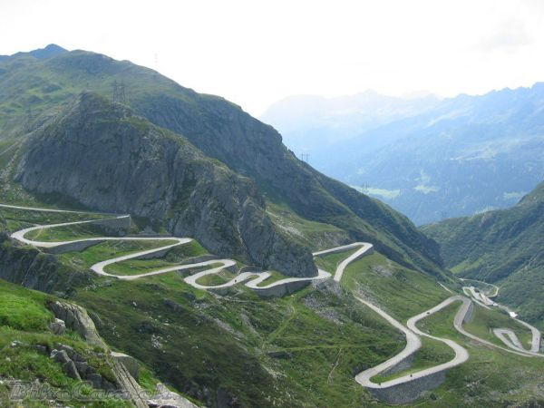 The Ten Highest Elevation Roads in the World 27