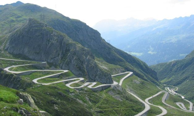 The Ten Highest Elevation Roads in the World