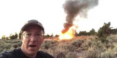 This Poor Guy Filmed His Jeep Rubicon Bursting Into Flames in the Desert 12