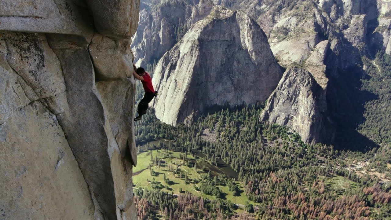 Watch Alex Honnold Climb 3200 Feet with No Ropes in 'Free Solo' Documentary 12