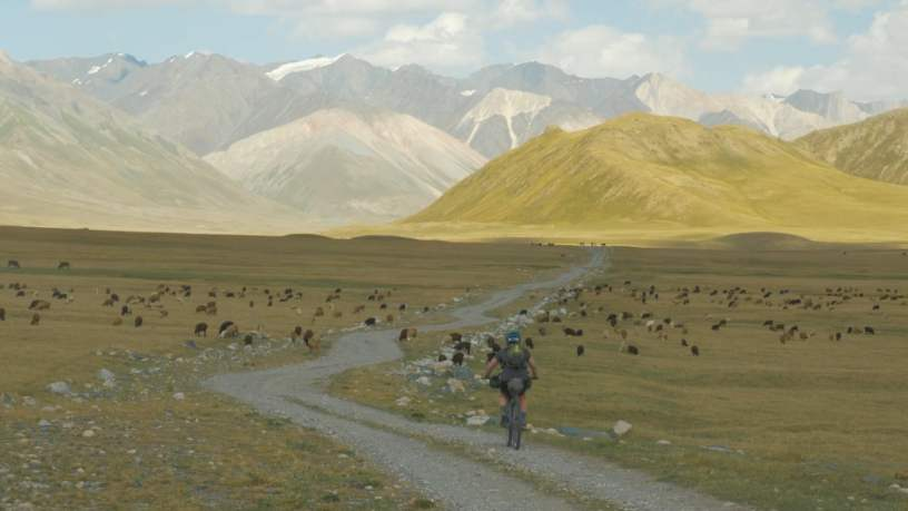 Brooks England x Silk Road Mountain Race 2018