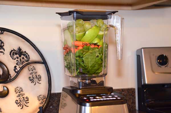 1-BlendTec-Nutrition-Green-Smoothie-GearChase