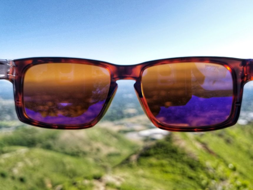 801e194ba95 With all the same features including polarized lenses