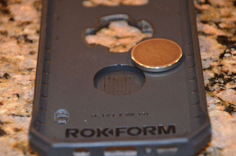 Rokform Case Review Magnet