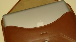 GearDiary The Beyza Cases MacBook Air Thinvelope Leather Case Review