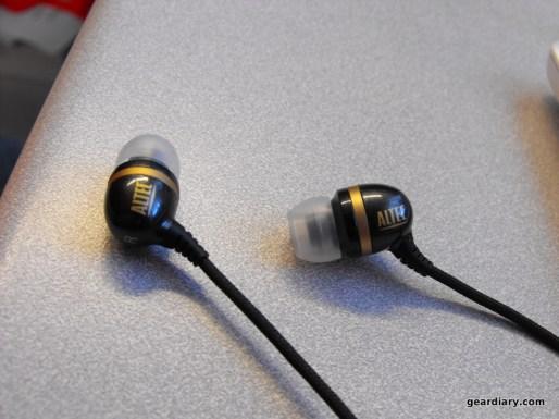 Review: Altec Lansing Backbeat Plus Mobile UHS206