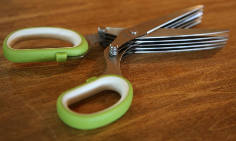 geardiary_useful_things_herb_scissors_05