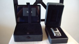 Unboxing the Vertu Constellation Ayxta