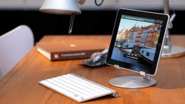 iPad Accessory Review- The JustMobile UpStand