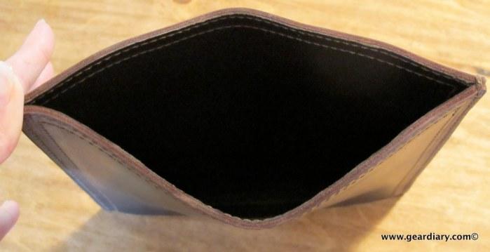 geardiary-saddleback-leather-ipad-sleeve-4