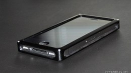 iPhone 4 Case Review:  Fusionwerkz RAW