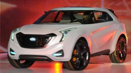 NAIAS 2011: Day One and Only, early afternoon