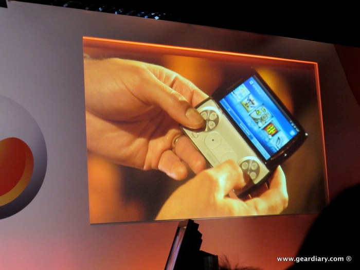 geardiary-chipchick-sony-ericsson-mobile-word-congree-pro-neo-play-49