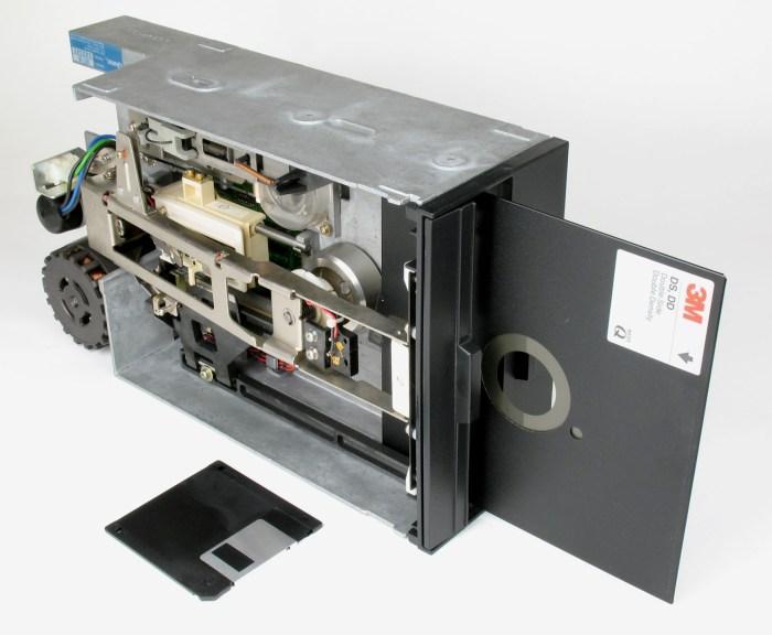 Floppy_Disk_Drive_8_inch